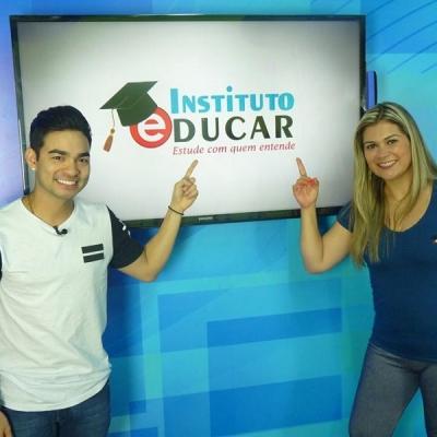 <p>Yudi com a jornalista Priscilla Silvestre.</p>